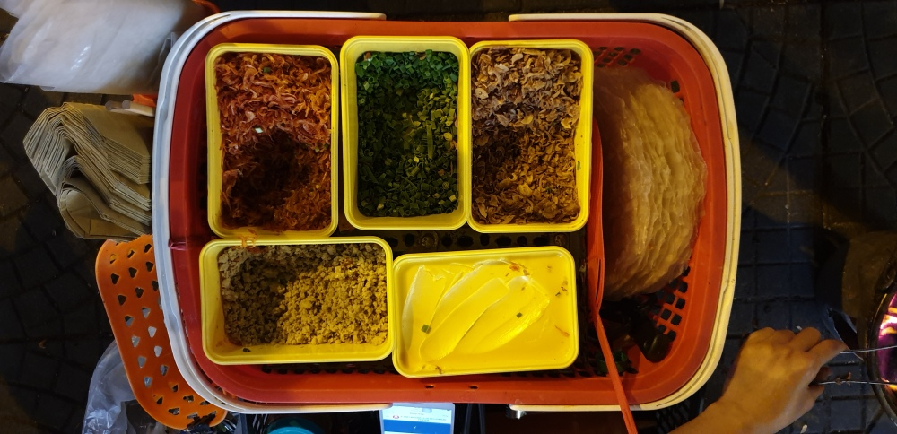 street food vietnam, pizza toppings