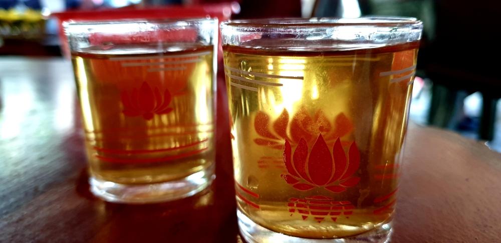 street food vietnam, tea