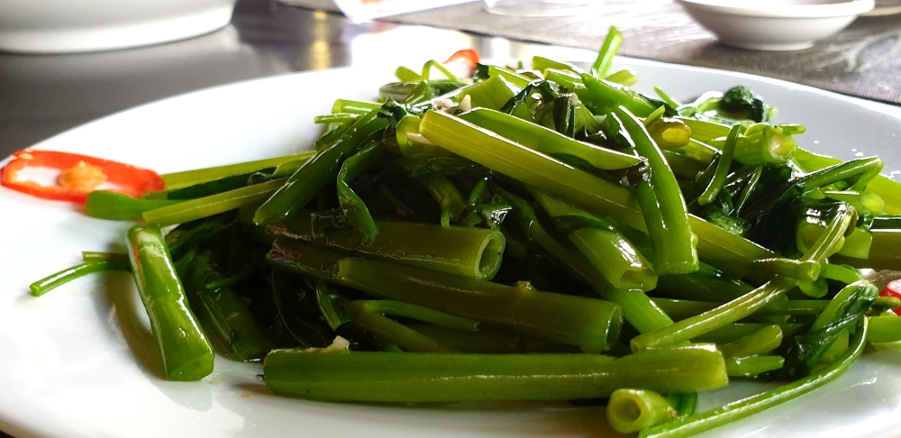 street food vietnam, water spinach